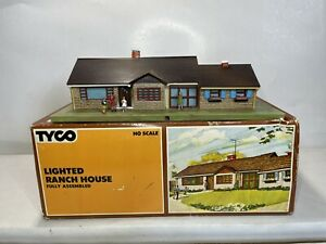 TYCO HO Scale Model Trains Scenery Building Lighted Ranch House HO scale No.994