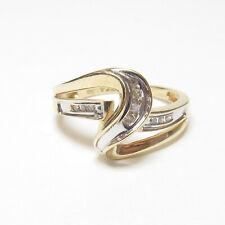 CASPIAN Estate 10K Yellow Gold Baguette And Single Cut Diamond Ring 0.20 Cts