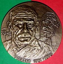 PABLO PICASSO / GUERNICA / BRONZE MEDAL BY ARMINDO VISEU