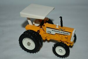 Ertl 1:43 Scale G-750 MINNEAPOLIS-MOLINE TRACTOR WITH DUALS
