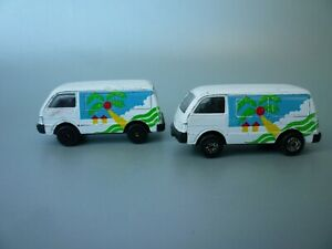 Maisto Special Edition Ford Econovan White Vans 1:64 - No Boxes