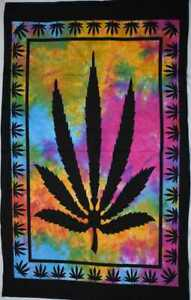 Home decor Wall Hanging Small Marijuana leaf Tapestry Poster Cotton Indian Art