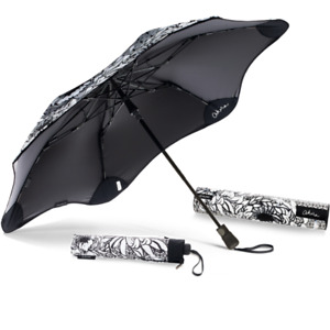 Blunt Umbrellas Metro  Akira + UV Chrysanthemum Limited Edition Umbrella