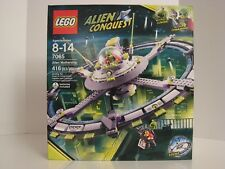 LEGO 7065 Alien Conquest, Alien Mothership, New and Factory Sealed