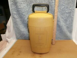 Vintage Coleman Yellow Gold Clamshell Lantern Storage Carry Case 200A 202 3-80