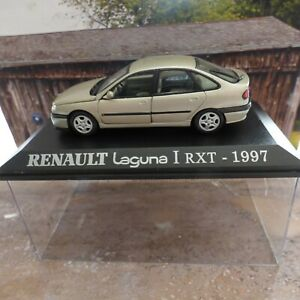 Voiture Renault Laguna I RXT Beige 1997 UH Universal Hobbies 1/43 M6 Collection