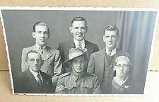 WW11 AIF AUSTRALIAN 2/27TH BTN PHOTOGRAPH POSTCARD FAMILY SHOT