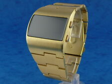 ASYMMETRIC Large and Chunky Vintage 1970s Style LED LCD DIGITAL Retro watch gold