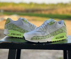 RARE Nike Women's SIZE 9  Air Max 90 NEON Premium Ghost Green Black 443817-103