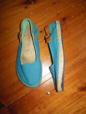 CAMPER 39 US 8 Blue Canvas Espadrilles Slip On Leather Buckle Detail ~ Clean!