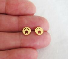 Stainless steel 7mm gold plated Paw print stud earrings.