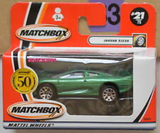 MATCHBOX 2001 JAGUAR XJ220 #21/75 GREEN W+