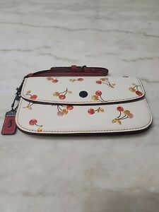 COACH 1941 Wristlet Cherries Wallet