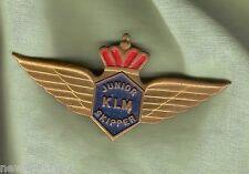 #D42.  KLM  AIRWAYS JUNIOR  SKIPPER  CLUB  LAPEL BADGE