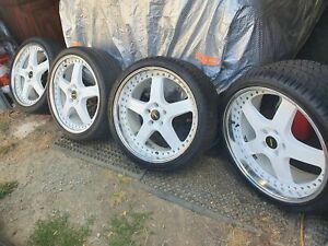 20 inch Holden simmons wheels