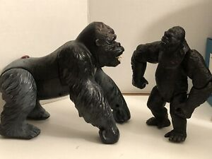 King Kong Figures Universal Studios Playmates Set Of 2