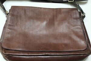 COACH men's brown leather messenger bag/crossbody bag