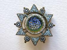 Petite broche ancienne en micro mosaïque bleu