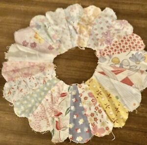 Antique Dresden Plate Quilt pieces (14) Vintage Crafts Or Quilting