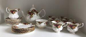 Vintage Royal Albert - Old Country Roses - Tea Set For 6 - Bone China
