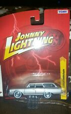 Johnny Lightning 1960 Ford Country Squire Silver 2010 New Jl27