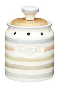 KitchenCraft Classic Collection Vintage Garlic Keeper Storage Pot  8 x 13.5 cm