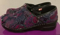Sanita VEGAN Clogs Shoes Tapestry Fabric burgundy black print SZ 38