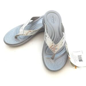 NWT CROCS Capri V Silver Sequin Women's Thong Sandals US 5 Relaxed Fit