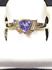 LADIES 14 KT YELLOW GOLD RING  WITH TANZANITE AND DIAMONDS