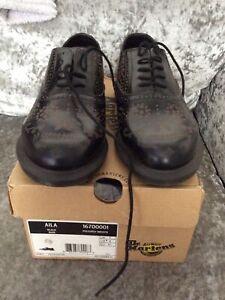 *** Dr Martens Kensington Flora Rare Black  Chelsea Shoe Size UK 7 Us9 Eu41