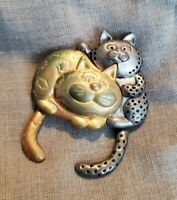 Vintage Signed Danecraft Goldtone Cartoony Cats Brooch/Pin