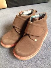 Pumpkin Patch Desert Boots, Size 10