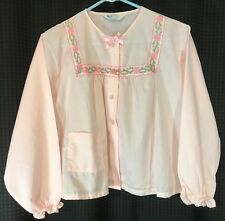 Katz Bed Jacket vtg Pink MINT sz M medium Floral embroidery trim + Pocket  u2