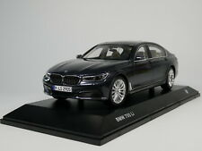 1/18 Scale BMW 7 Series 750 Li 2017 Grey Diecast Car Model Toy Collection Gift