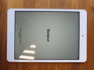 Apple iPad mini 2 -16 Go - Wi-Fi - Blanc - Très bon état