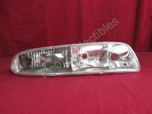 NOS OEM Oldsmobile 88 Headlamp Light 1997 - 99 Right Hand