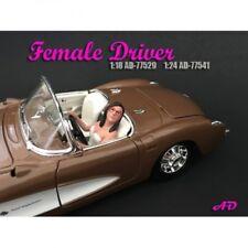 American Diorama 77541 Frau die Auto fährt 1/1000 1:24