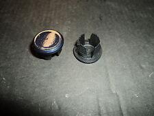 Aprilia Scarabeo 50 / 100 Lenkverkleidungs Stopfen(1) Plastik Farbe Dunkel