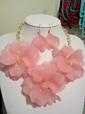 Pink Acrylic Triple Flower Clear Faceted Glass Bead Chunky Necklace earring Set
