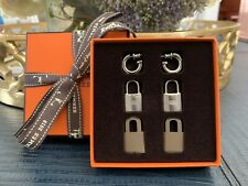 2019 New Hermes O'KELLY Earrings Palladium w Etoupe Leather. Complete Pkg