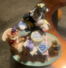 Enesco Mary's Moo Moo's Cow figurine 2004 Party time with Moo