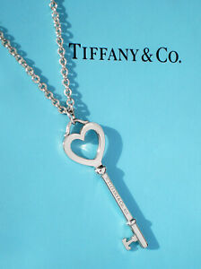 """Tiffany & Co Sterling Silver Chain Heart Key Large 2"""" Large Link 18"""" Necklace"""