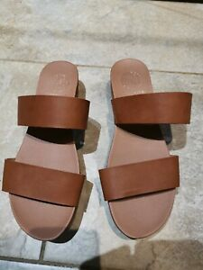 Kurt Geiger Tan Size 38 Sandals - Perfect Condition, used twice