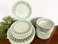 31 PC Set Dinnerware HARMONY HOUSE Fine CHINA Allegro JAPAN 3902  Service for 8