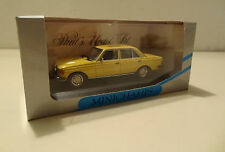 Mercedes-Benz W 123 Limousine 200 D yellow / weizengelb Minichamps 1:43