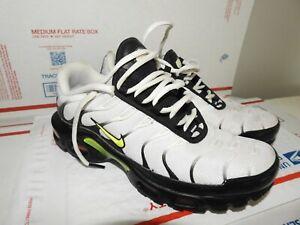 NIKE AIR MAX PLUS Tn Black Volt White men's Athletic Sneakers Size 6.5 Lace Up