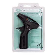 Stick! (Docrafts) Chaud fond pistolet colle sans fil (comprend 3 bâtons colle)