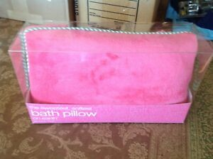 Bath & Body Works the sweetest,softest, bath pillow on earth New, pink