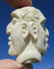 Januskopf aus Horn geschnitzt - Wunderkammer