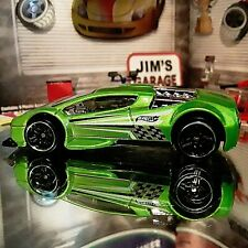 Loose-2002 Hot Wheels Zotic Super Car Light/Green Vintage Collectors Spoke Rims